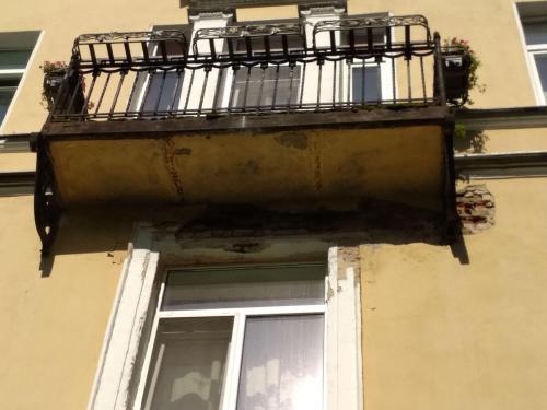 Песочка восстановление фасада балконов